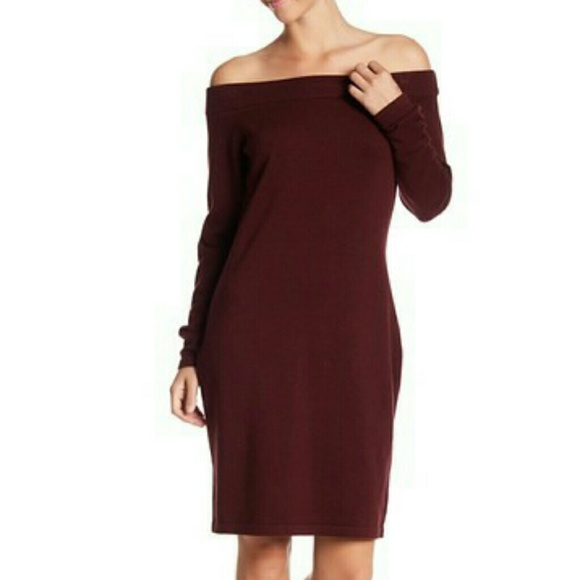 a284bd8aa07 Vince Camuto off the shoulder sweater dress. M 5c59f243bb761500155293db